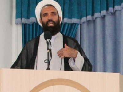 خطیب جمعه جیرفت: تحریم و تهدید تاثیری ندارد