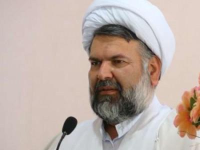 امام جمعه زرند: تیم هسته ای در برابر زیاده خواهی بیگانگان بایستد