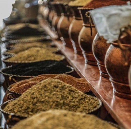 قوتو (قاووت یا قووتو)،سوغاتی معروف و پر خاصیت کرمانی